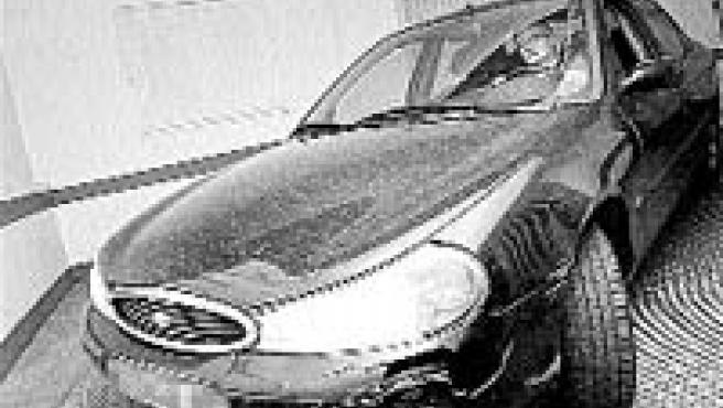 El Ford Mondeo no suele caber en las nuevas plazas de garaje.(D.E.)