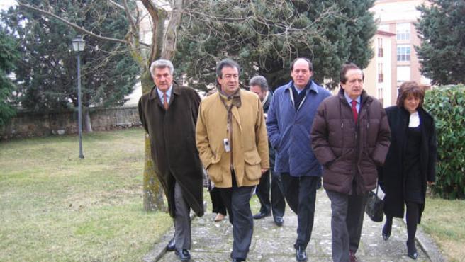 Francisco Álvarez Cascos con los representantes del Partido Popular soriano