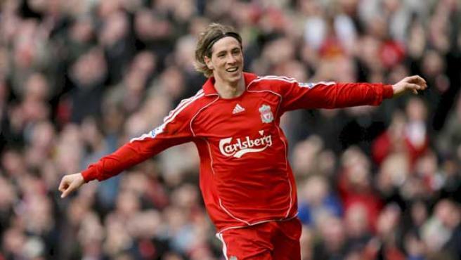 El delantero español del Liverpool, Fernando Torres, celebra su tercer gol contra el Middlesbrough (Efe).