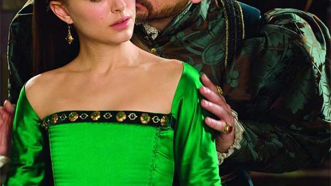 Natalie Portman y Eric Bana, en 'Las hermanas Bolena'.