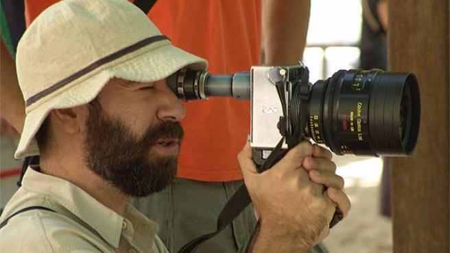 El director de cine Jaime Rosales, durante un rodaje.