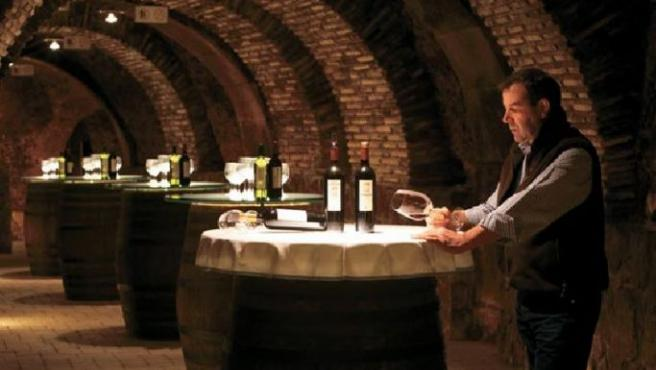 Se explicará, entre otras cosas, por qué el vino es un producto de primera necesidad.