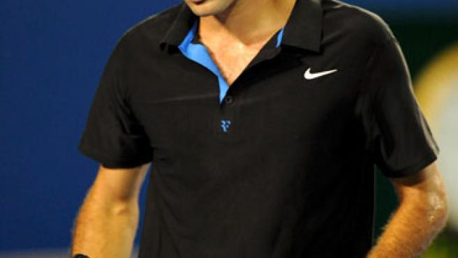 El suizo Roger Federer, apesadumbrado tras caer en Australia ante Djokovic.