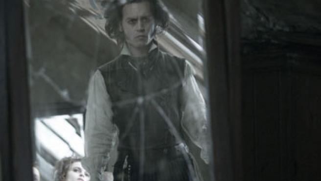 """Johnny Depp da el """"do"""" de pecho en el musical 'Sweeney Todd'."""