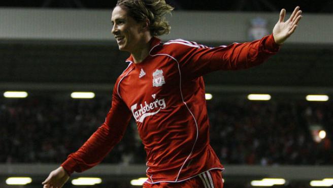 Fernando Torres celebra un gol. (AGENCIAS)