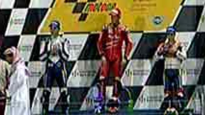 Stoner, Lorenzo y Pedrosa, los tres del podio en Qatar. (TVE)