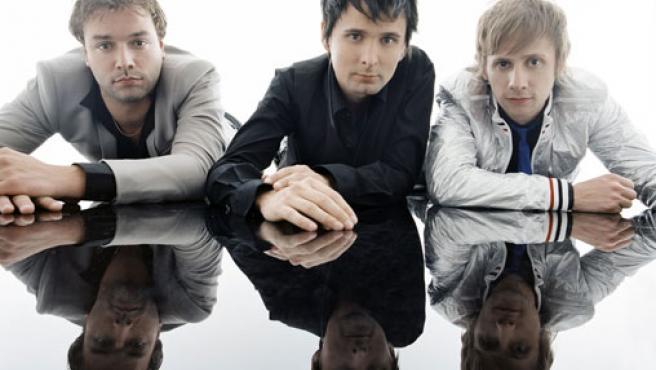 La banda Muse en una imagen promocional.