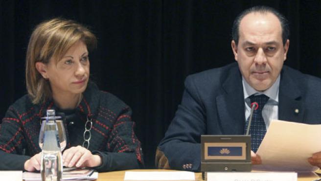 La ministra de Agricultura Elena Espinosa y su homólogo italiano Paolo de Castro.