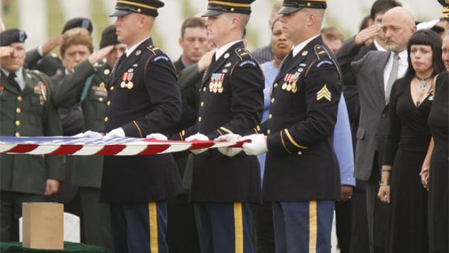 Funeral por un soldado norteamericano (AGENCIAS).