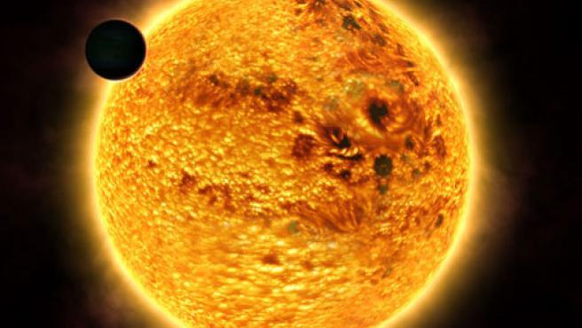 Vista del planeta HD 189733b en órbita a su estrella madre.