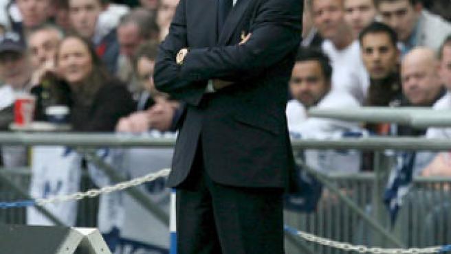 Juande Ramos, durante la final de la Carling Cup. (EFE)