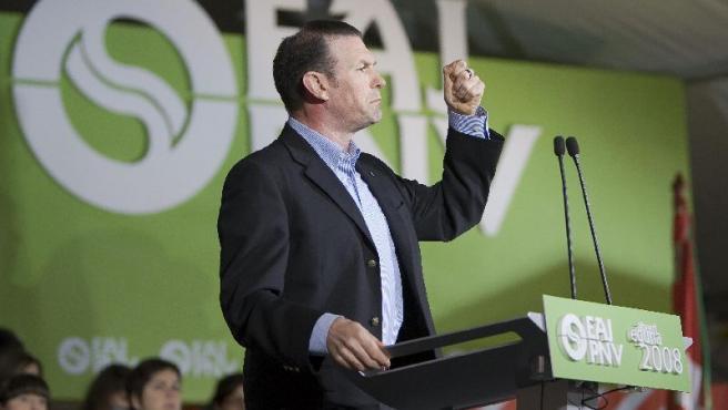 El lehendakari, Juan José Ibarretxe, durante su intervención.