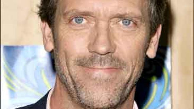 El actor Hugh Laurie interpreta al Doctor Gregory House.