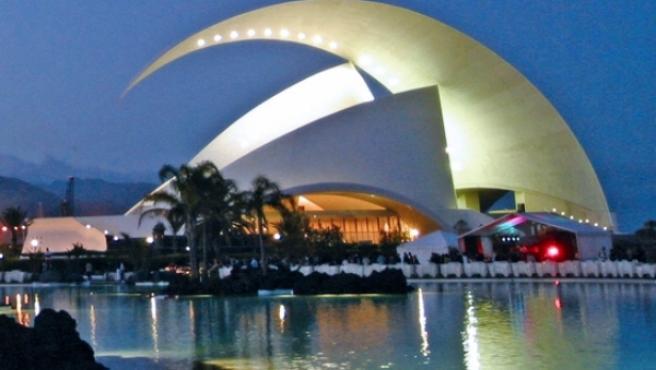 Correos ha elegido el Auditorio de Tenerife para formar parte de una serie postal dedicada a obras arquitectónicas.