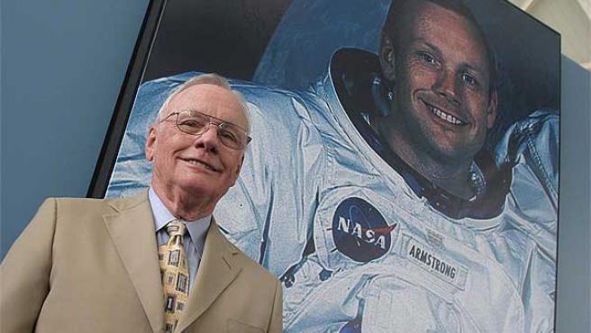 Neil Armstrong, en la Ciudad de las Artes y las Ciencias de Valencia.