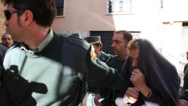 Felipe Moreno Sánchez, el presunto asesino de la mujer marroquí, conducido a los juzgados. (ARCHIVO)