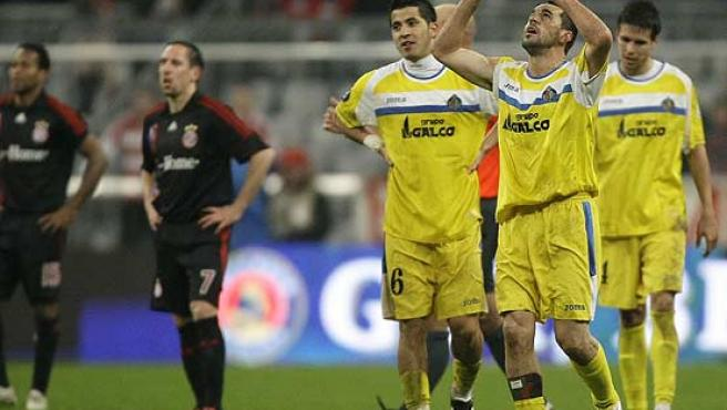 Contra dedica el gol a su padre fallecido. (Reuters)