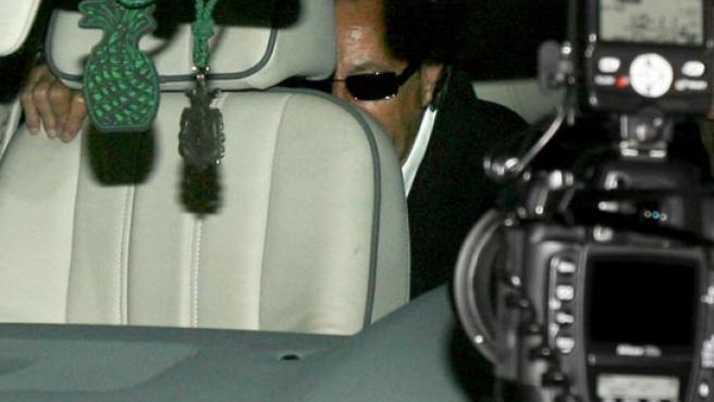 El ex alcalde marbellí abandona la prisión tras su primer permiso penitenciario. (FOTO: EFE)