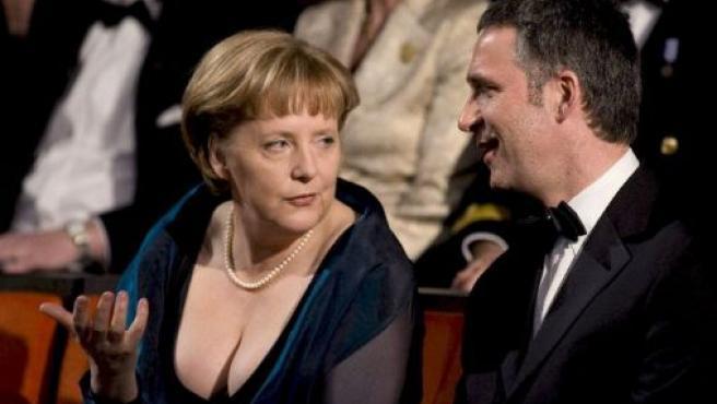Merkel junto al primer ministro noruego, Jens Stoltenberg. (EFE)