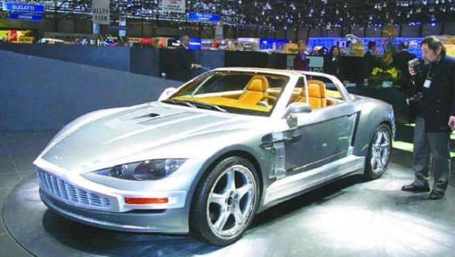 Un deportivo Aston Martin.