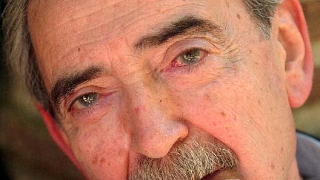 El poeta argentino, premiado a toda una vida dedicada a la poesía.