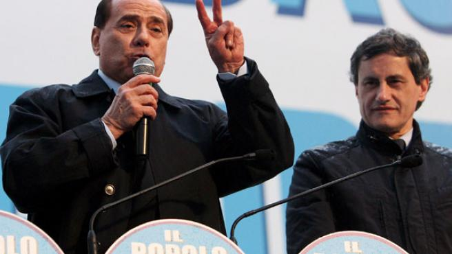 Silvio Berlusconi en un discurso ayer en Roma. (FOTO: EITORE FERRARI / EFE).