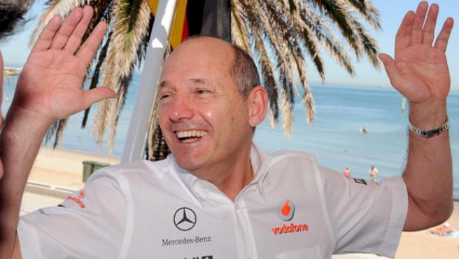 El director del equipo McLaren, el británico Ron Dennis.