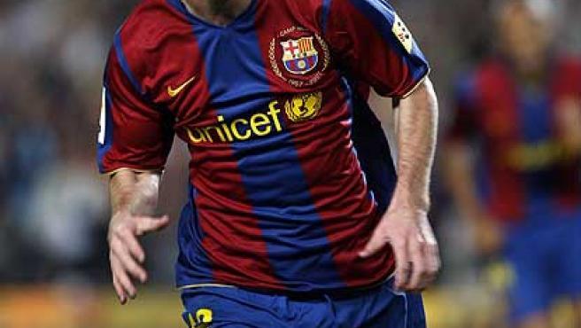 Leo Messi celebra un gol con la camiseta del Barça.