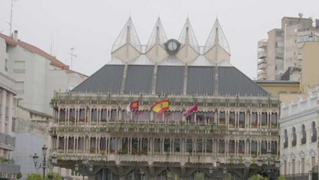 Detalle de la fachada del Consistorio de Ciudad Real.