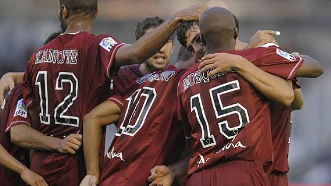 El Sevilla celebra el gol. (Reuters)