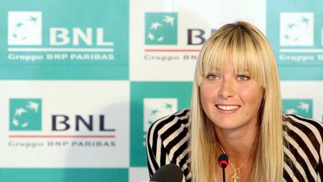 Maria Sharapova, durante una rueda de prensa. (Efe)