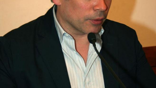Boris Izaguirre participó ayer en la 23 Feria del Libro de Cádiz. M. V.