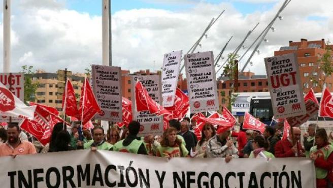 Los profesores durante la manifestación.