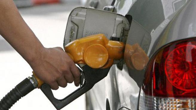 La escasez de petróleo impulsa al alza el precio del Brent (EFE).