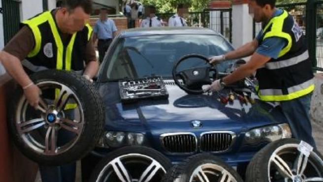 Un BMW recuperado por la Policía Nacional