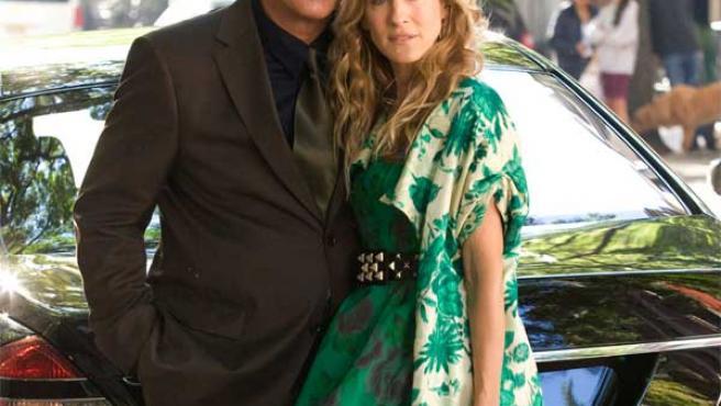 'Mr. Big' y Carrie, protagonistas de 'Sexo en Nueva York'.