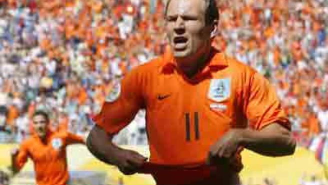 Robben, el hombre de cristal, está sufriendo un calvario con las lesiones.
