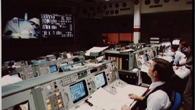 Sala de control del Centro Espacial.