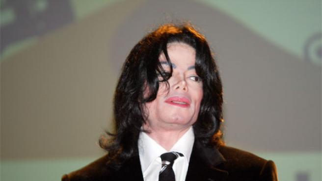 Michael Jackson, en una foto de archivo tomada en 2005 de Dubai (Foto: KORPA).