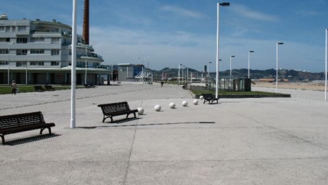 Explanada de Poniente en Gijón.