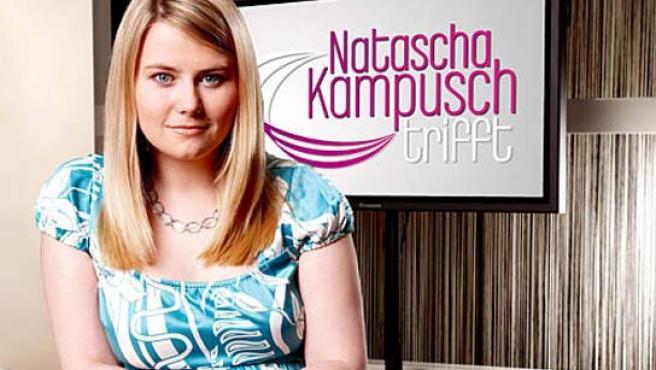 Natascha Kampusch, como presentadora en la televisión austriaca. (Puls 4).