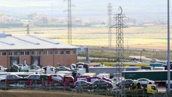 Vista de la terminal de mercancías y el Cylog Logística de Palencia, repleto de camiones debido a la huelga.