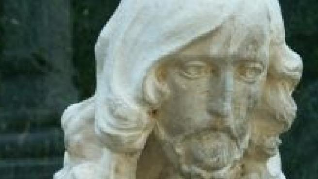 Escultura conocida como 'El Señor del Cementerio'