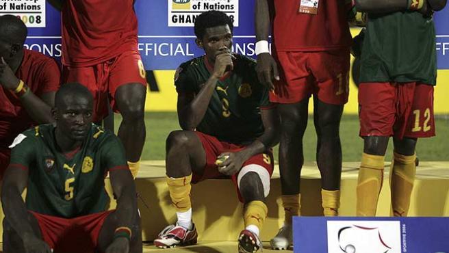 Samuel Eto'o tras la final de la Copa de África. (Reuters)