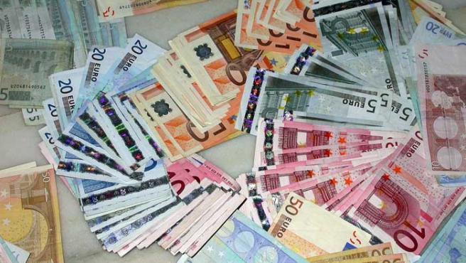 Billetes de euro de diferente valor.