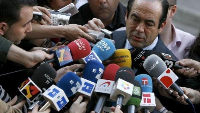 El presidente del Congreso a la salida de la Audiencia Nacional. (EFE)