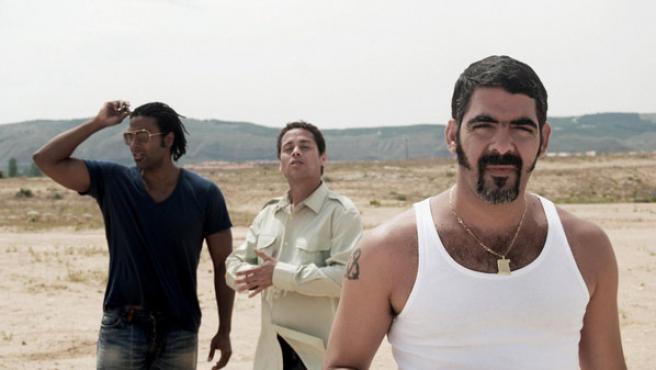 Yotuel, Ruzzo y Roldán, miembros de Orishas, en una foto promocional (EMI).