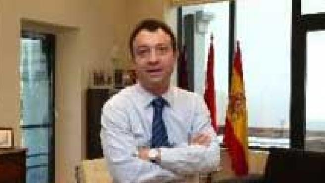 Juan José Güemes, Manuel Cobo y Alberto Ruiz-Gallardón.