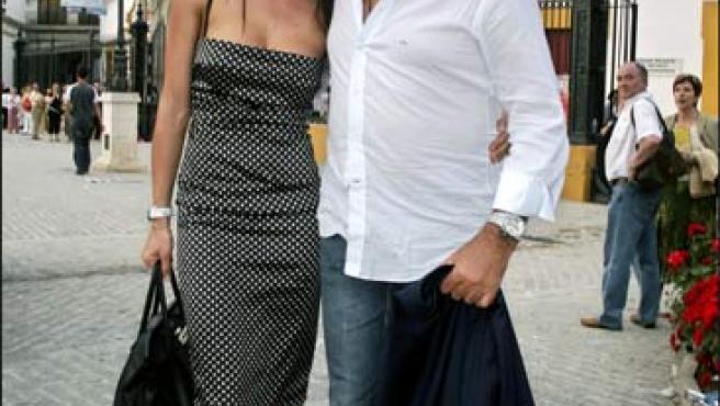 Briatore y Gregoraci, en una foto de archivo tomada durante la Feria de abril en Sevilla (Foto: KORPA).