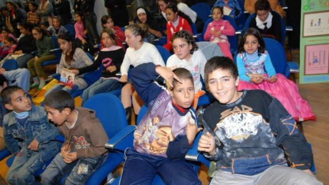 Un grupo de escolares en un colegio. (ARCHIVO)